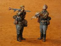 Special German Infantry (SS)(2 fig.)