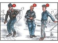 German Pilots (2 fig.) And Mechanic WW II