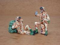 US Army modern soldiers at rest (2 fig.)