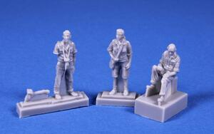 1/72 Do-27 Civilian Crew (pilot, photographer with two cameras, woman zoologist) for Special Hobby k  - 3