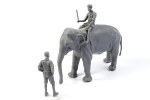 1/48 WWII RAF Mechanic in India+Elephant with Mahout (2 fig. + elephant)  - 4
