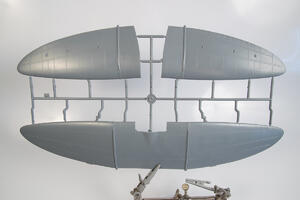 "A5M2b Claude ""Over China"" 1/32  - 4"