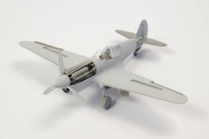 1/72 P-40 - Undercarriage Set (contains wheel well structure and canvas covers)  - 5
