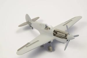 1/72 P-40 - Undercarriage Set (contains wheel well structure and canvas covers)  - 6